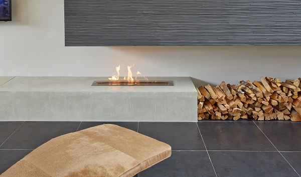 Bioethanol burners and fireboxes