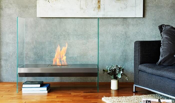 Freestanding bioethanol fireplaces