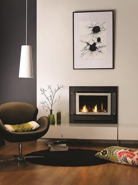 Rinnai Sapphire Inbuilt Gas Log Fireplace